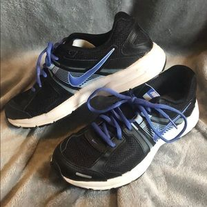 Women's Nike Dart 10 running shoes